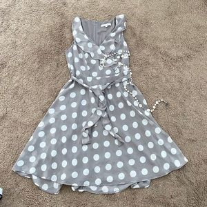 Cleo Grey Polka Dots Summer Dress Size: P4